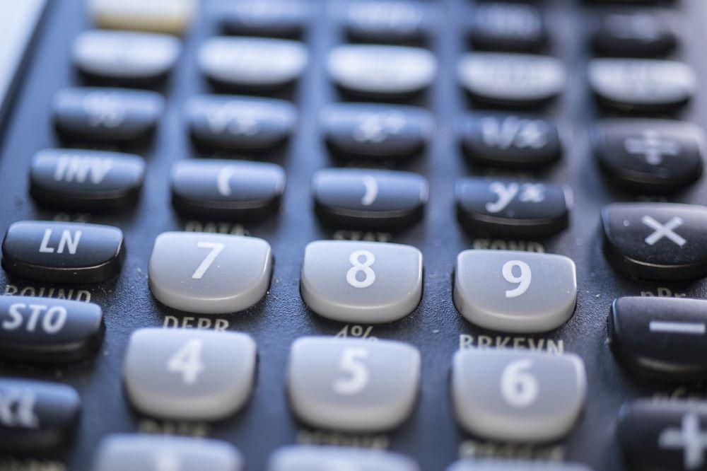 calculator-4607653_1280